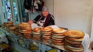 Bixkek. Mercat