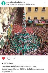 3 de 10 amb folre i manilles dels Castellers de Vilafranca