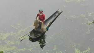 Pescador amb barqueta molt 'mona'