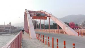 Pont sobre el riu Ganges a Haridwar