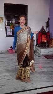 Jenn amb un elegant saree