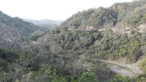 Muntanyes baixant de Nahan cap al pla