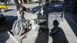 Les motos amb abric de pells per que no passin fred