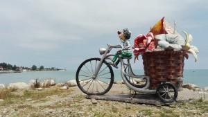Escultura a tocar del mar