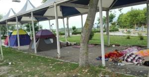 Acampant al parc de Langeroud