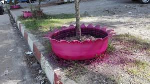 Bon reciclatge de pneumàtics al poble de Khalif Abad