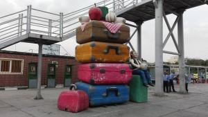 Escultura a l'estació d'autobusos