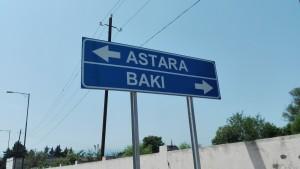 A poc a poc, anem deixant Astara enrere