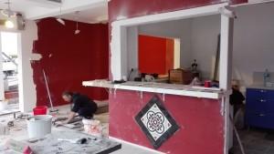 Cafeteria per dins amb Bulent, l'artista de les rajoles