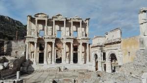 Efes, façana de la biblioteca