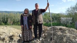 Dues senyores simpàtiques, sociables, amb les que puc parlar (en turc) i fins i tot em permeten fer una foto