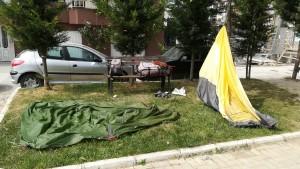 Assecant la tenda