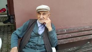 Un pagès jubilat amb 'mirada interessant...'