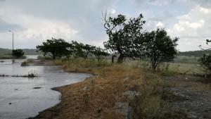 Fort vent i pluja que ens dóna la benvinguda a Grècia