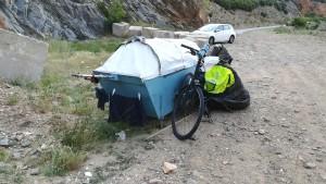 Bicicleta amb caixa - calaix - llit - 'taüt' de fusta