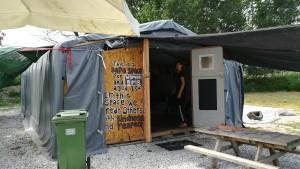 Camp de refugiats, lloc on els voluntaris ajuden