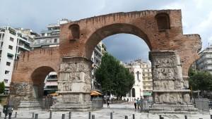 Tessalònica, Arc de Galerius a la històrica Vía Egnatia