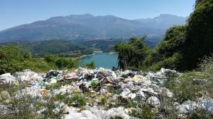Això és una pena, una vergonya i un crim contra la natura!!!!
