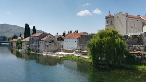 Trebinje, casc antic i riu