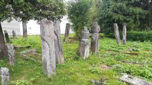 Bihac, antigues tombes