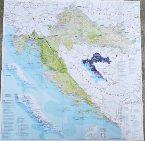Mapa general de la nostra ruta a peu per Croàcia. | General map of Croacia with our route marked.