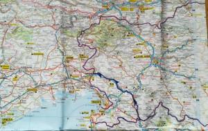 Mapa general de la nostra ruta a peu per Eslovènia.   General map of Slovenia with our route marked.