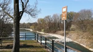 Creuant el riu Mincio