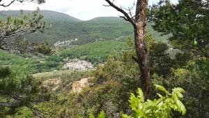 Gignac, un petit grup de cases al mig de les muntanyes